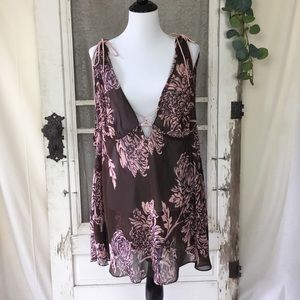 Gillian & O' Malley Floral Print Lingerie XL